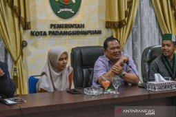 Jalin silaturahmi, Wali Kota Padangsidimpuan makan malam bersama Aktivis HMI
