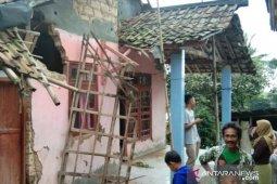 Gempa Sukabumi akibatkan kerusakan rumah di lima kampung Pamijahan Bogor