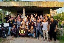 Unsur pimpinan DPRD Sambas serap aspirasi mahasiswa Sambas di KMKS