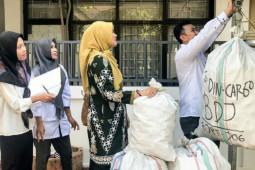 DPRD Banjarmasin sedekah bank sampah untuk anak jalanan