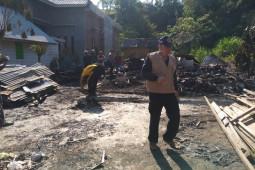 Ditinggal pergi, satu rumah di Lhokseumawe ludes terbakar