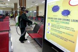 Bandara SIM Aceh disemprot disinfektan cegah virus corona