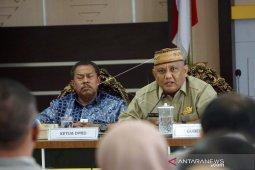 Foto - Gubernur Rusli pimpin rapat Forkopimda terkait dampak virus corona