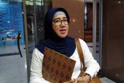 DPRD Maluku minta warga tidak panik dengan dua WNA sempat status PDP