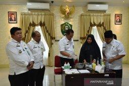 Wali Kota Padangsidimpuan sarankan masyarakat membuat Hand Sanitizer secara mandiri