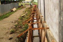 TMMD Kodim Sanana bangun drainase antisipasi banjir di Kepsul
