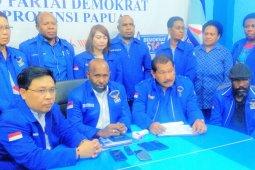 Partai Demokrat Papua terima berkas  pendaftaran 41 pasangan calon bupati