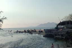 Meski sudah dilarang, masyarakat masih kunjungi tempat wisata di Aceh Besar