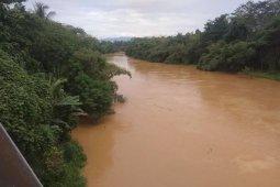Curah hujan meningkat, BPBD Lebak waspadai debit Sungai Ciberang