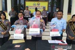 Polisi Tanjabbar ungkap penyelundupan 250 ton bawang bombay