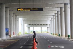 Ministry to study proposal to close airports to contain COVID-19