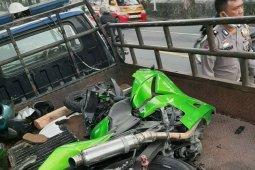 Pengendara motor tewas tabrakan dengan truk trailer
