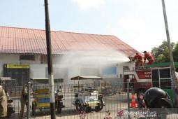Pemkab Asahan lakukan penyemprotan disinfektan di Kota Kisaran