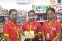 Antisipasi COVID-19, Alfamart semprot kantor-gudang dengan disinfektan