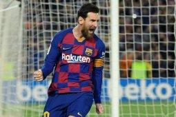 Barcelona potong gaji Messi dan kawan-kawan imbas dampak COVID-19