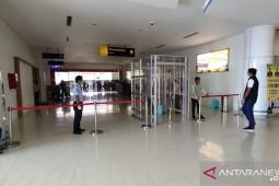 Bandara Djalaluddin Gorontalo pasang bilik disinfektan