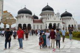 Masjid Raya tetap laksanakan shalat Jumat