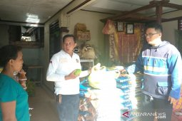 Pemkot Denpasar salurkan sembako KPM di tengah wabah COVID-19
