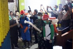 Banjarmasin govt, BPBD disinfect traditional markets