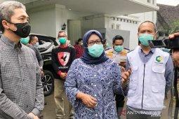 Dua kepala daerah Bogor desak Anies Baswedan segera terapkan karantina wilayah DKI