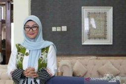 Melati Erzaldi berbagi tips bersama anak di masa Social Distancing