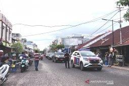 Tim penanggulangan virus COVID-19 Belitung Timur patroli warung kopi