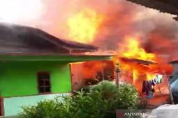 Anak kelainan jiwa sebabkan dua rumah terbakar dan tiga terpaksa dirusak