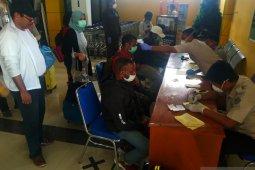 Arus penumpang di Bandara Rendani Manokwari turun drastis