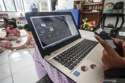 DPD Prajaniti Hindu Bali minta Kominfo ringankan biaya internet
