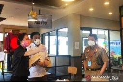 Pemkot Makassar imbau pengusaha kuliner pakai sistem pesan dan bawa pulang