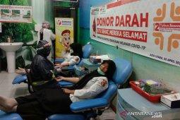 Panwaslih Aceh Utara donor darah dan santuni anak yatim