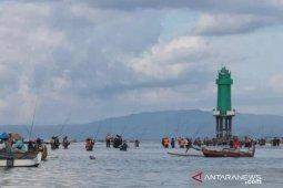 Masyarakat diminta tak berkegiatan di Pantai Sanur-Bali