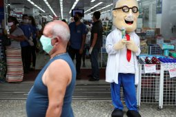 Ekonomi Sao Paulo Brazil kembali dibuka bahkan di saat COVID-19 melonjak