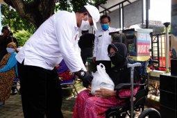 Pemkot Madiun salurkan bantuan bahan pangan bagi warga terdampak COVID-19