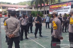 Polresta Ambon lakukan pergeseran pasukan operasi Merah Putih Siwalima 2020