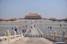 Hari Buruh, pelampiasan dendam liburan tertunda warga China