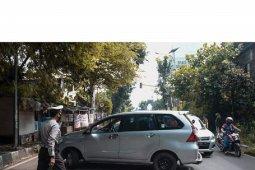 Ratusan kendaraan pemudik akan masuk Sukabumi diminta putar balik