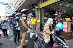 Hari pertama PSBB Jawa Barat, toko atau pasar swalayan di Kota Sukabumi diizinkan beroperasi