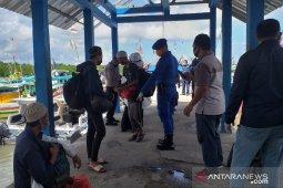 Satpol Air Belitung amankan kapal nelayan pengangkut jamaah tabligh dari Kalimantan
