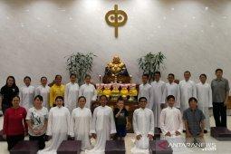 Umat Budha Belitung doakan agar pandemi COVID-19 segera berakhir