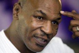 Mike Tyson naik ring tinju lagi