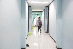 Pemkot Surabaya tekan penyebaran COVID-19 dengan tambah ruang isolasi dan observasi