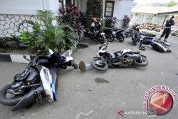 Tidak dapat BST, warga Aceh Selatan mengamuk dan rusak kantor kepala desa