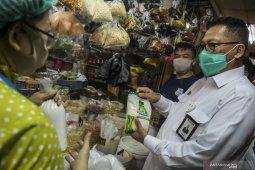 Bulog pastikan operasi pasar untuk beras dan gula terus berjalan