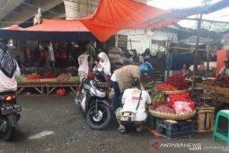 Penjualan daging oplosan sapi dan babi belum ditemukan di Depok