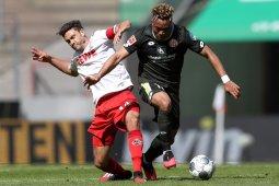 Mainz bangkit dari ketinggalan dua gol untuk menahan imbang Cologne