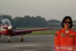Letda Pnb Ajeng Tresna jadi penerbang tempur perempuan pertama TNI AU