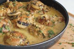 Menu Lebaran: Ayam krim kari jamur chef Putri Miranti