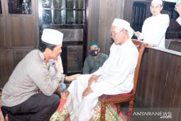 Irjen Nico minta doa Guru Danau dan Guru Bakhiet