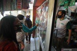 Dua pasar tradisional di Surabaya kembali dibuka
